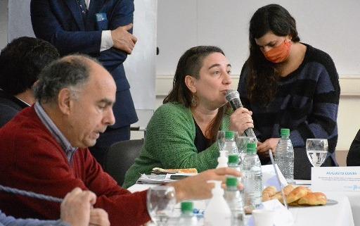 La dirigente del PC Zaida Chmaruk participó en un encuentro de la mesa de inclusión social para liberados